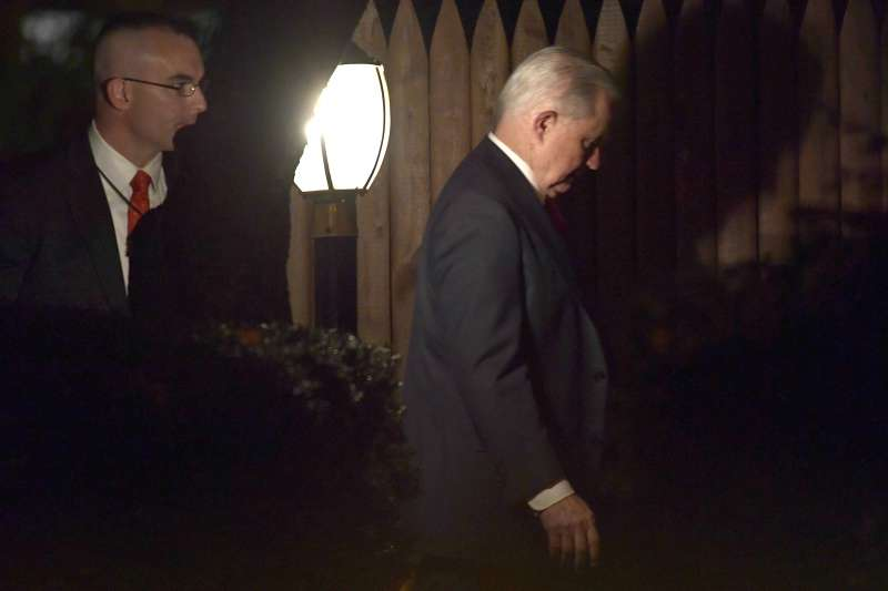 2018年11月7日,美國前司法部長賽辛斯(Jeff Sessions)遭川普總統開革(AP)