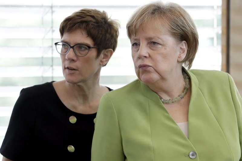德國基民盟秘書長克朗普─卡倫鮑爾( Annegret Kramp-Karrenbauer)是梅克爾(Angela Merkel)青睞的接班人(AP)