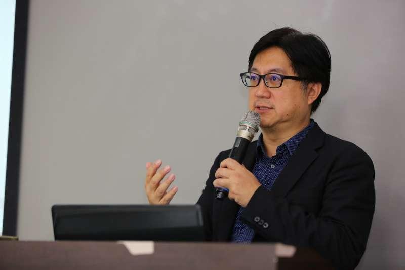 TVBS新聞台副總監楊樺,認為有「溫度」的情緒傳播,才能達到溝通的效果。(圖/風傳媒攝)