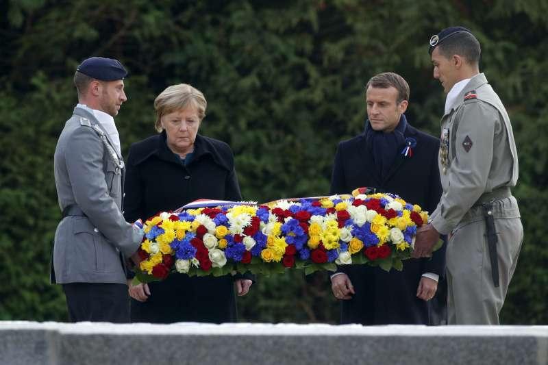 德國總理梅克爾和法國總統馬克宏在一戰時德國與協約國簽署停戰協定的法國東北部城市康邊進行一連串的活動。(美聯社)