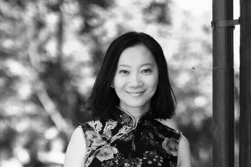 作家李維菁今日凌晨突然過世,享年49歲。(資料照,取自李維菁臉書)