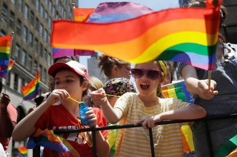 蘇格蘭政府8日宣布,未來將強制公立學校納入LGBTI教育(美聯社)