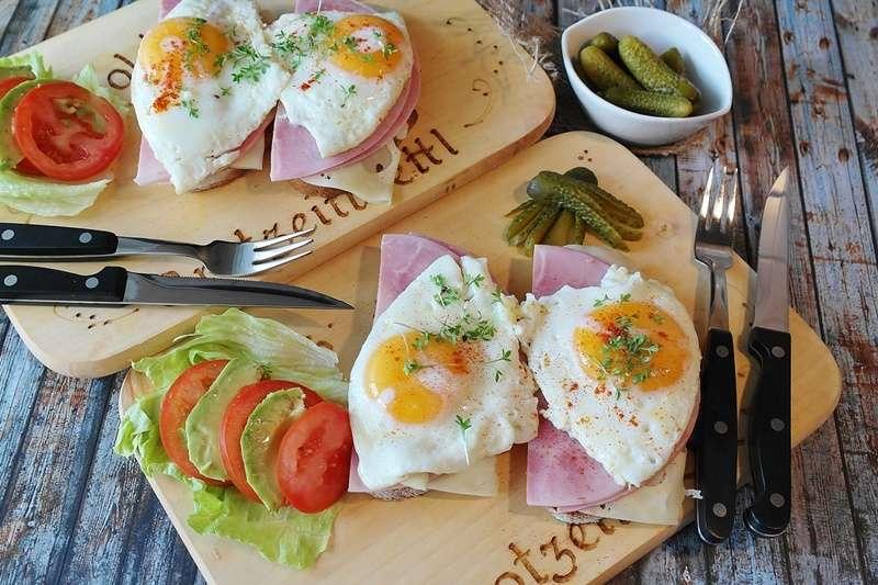 早餐店的蛋,究竟是怎麼來的?(圖/pixabay)