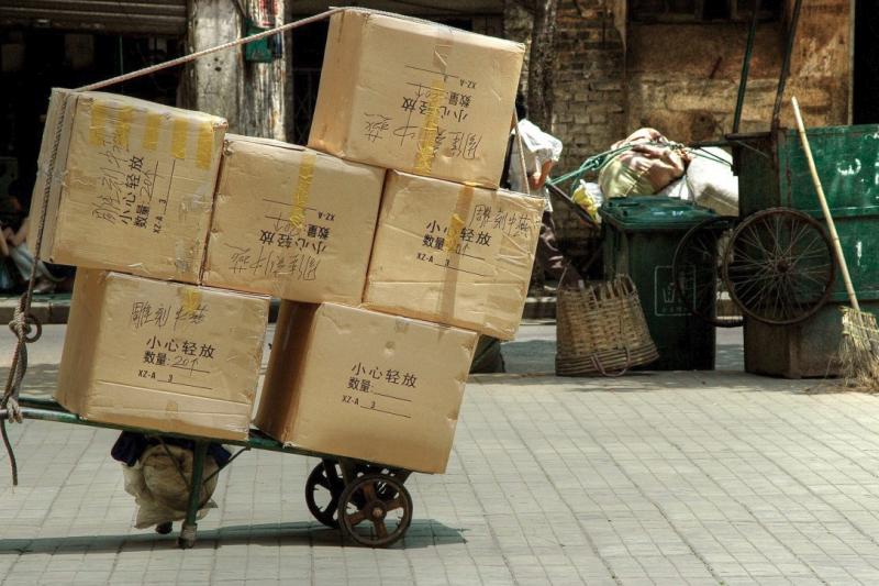 中國人太愛網購,雙11之後產出大量垃圾,且回收率極低。(圖/pxhere)