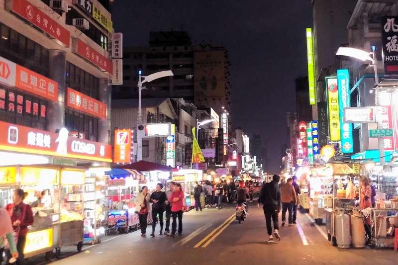 六合、金鑽這些高雄有名的夜市,全都敗在這個原因!(示意圖/Chi-Hung Lin@flickr)