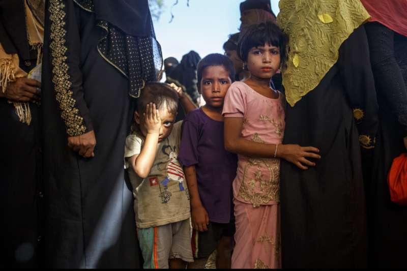 在2017年底發生的屠殺中,大量羅興亞小孩子遭到迫害、屠殺,讓他們必須逃離家園。(Junhee Jang攝)