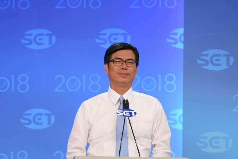 韓國瑜被問到漁港轉型策略,並未正面回答,還說不會問陳其邁「高雄有多少個消防栓」這種「滴滴答答」的小問題。圖為陳其邁昨(20)日辯論照。(資料照,三立提供)