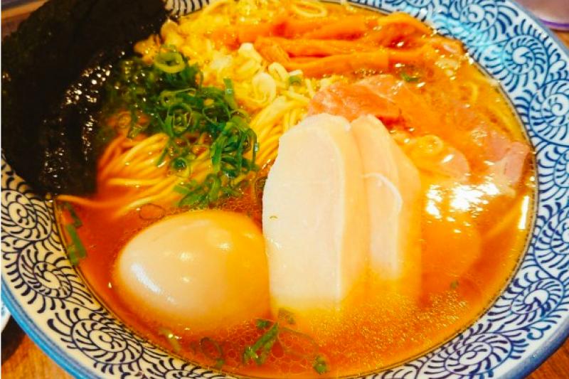台北拉麵大比較!道地日本濃郁湯頭厚叉燒、推薦看這裡!(圖/MENU美食誌提供)