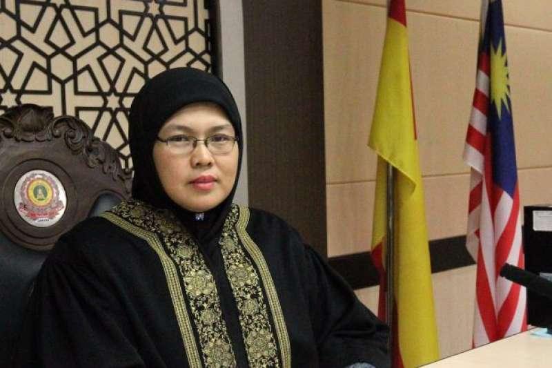 馬來西亞首位伊斯蘭高等法院女法官舒夏達(Nenney Shushaidah)(翻攝網路)