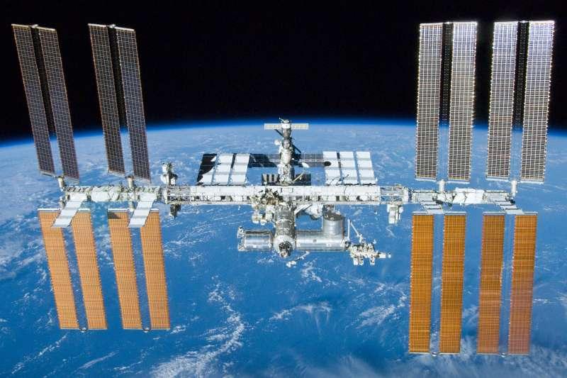 11月20日,國際太空站迎來建造20週年紀念。(維基百科公有領域)