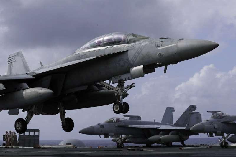 2018年11月20日,美國航空母艦「雷根號」(USS Ronald Reagan)將訪問香港,開放媒體採訪。(AP)