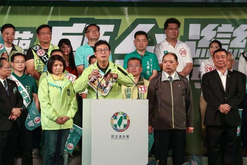 高嘉瑜、陳景峻遭支持者叫罵 姚文智喊「別再罵了,團結起來」-風傳媒