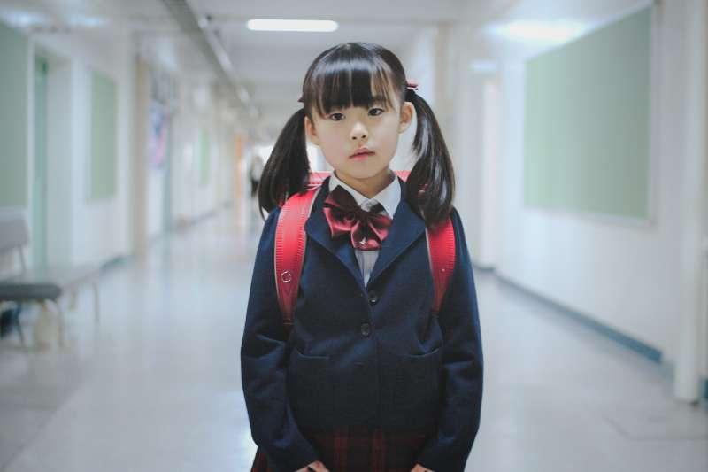 光閱讀並不會提升國語能力,但知道這一點的人並不多。(圖/MIKI Yoshihito@flickr)