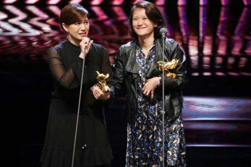導演傅榆以《我們的青春,在台灣》獲頒最佳紀錄片。(圖/想想論壇)
