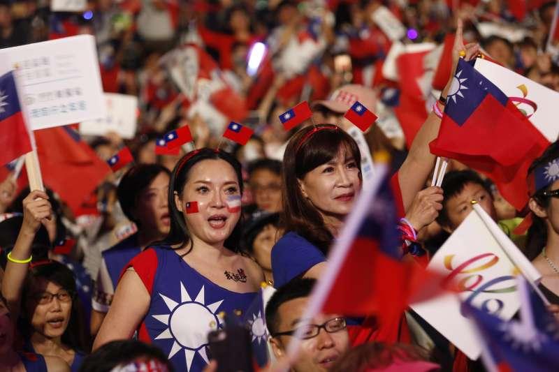 國民黨高雄市候選人韓國瑜的選舉一貫歡樂。(新新聞郭晉瑋攝)