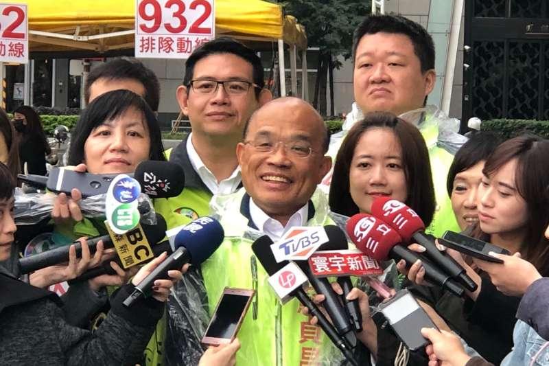 民進黨新北市長候選人蘇貞昌23日接受媒體採訪。(蘇貞昌辦公室提供)