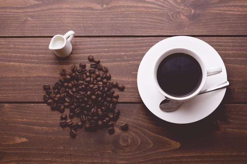 愛喝咖啡卻怕致癌嗎?學會這幾招,安心喝咖啡(圖/pakutaso)