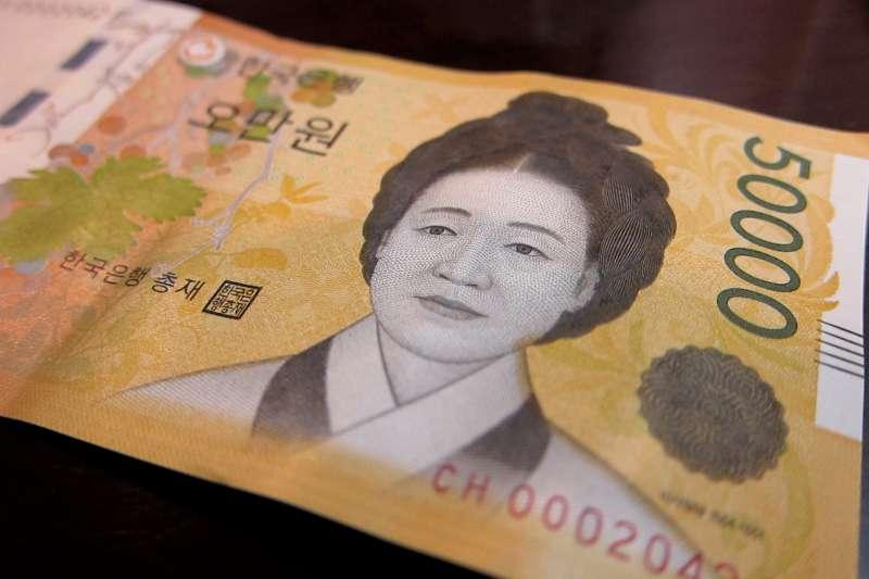 「即使到了今日,申師任堂仍然是這個社會公認的女性最理想的模樣。」為何韓國女性會如此失望的形容韓國社會呢?(圖/Eugene Kim@flickr)