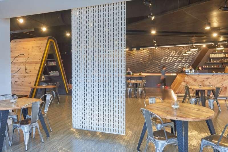 Bonito鏤空裝飾隔間簾隨掛即用,提升空間氛圍成為空間設計新寵兒(圖/Bonito Deco)