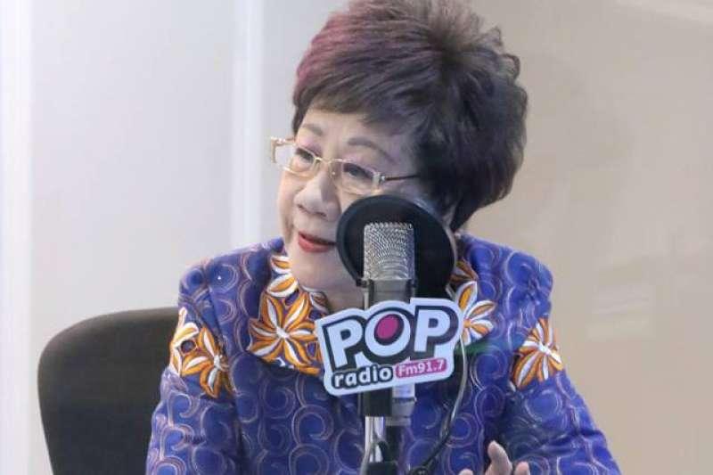 前副總統呂秀蓮27日上廣播節目接受專訪,提到高雄市長當選人韓國瑜的勝選關鍵是「3加3個女人」。(取自「Pop搶先爆」臉書)