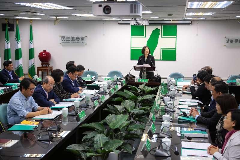 20181128-總統蔡英文28日於民進黨中常會發表卸任談話。(顏麟宇攝)