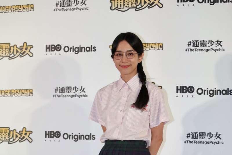 20181128-公視與HBO合作劇集《通靈少女2》正式揭曉拍攝中,3位演員28日在國際記者會上首度以劇中造型亮相。金鐘影后温貞菱。(公視提供)