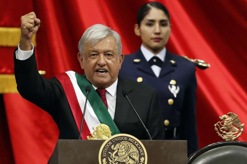 20181202-墨西哥新科總統羅培茲.歐布拉多爾1日宣誓就職。(AP)