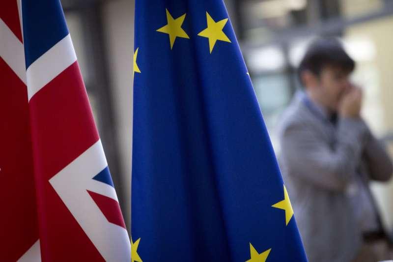 歐洲法院佐審官桑奇斯-波多納4日表示,英國可在無須取得其他歐盟成員國許可的情況下,當方面撤銷脫歐的決定。(AP)