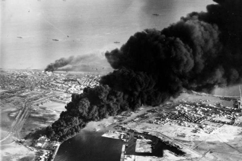 蘇伊士運河危機後,除了造成中東地區的動盪不安,中國也趁亂發動八二三炮戰,卻未事先知會蘇聯,最終引起蘇中分裂。(取自維基百科)