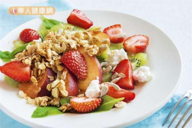 草莓果蔬優格料理參考圖。(圖/華人健康網提供)