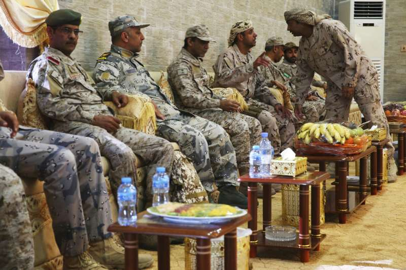 葉門內戰,沙國阿聯葉門聯軍2018年11月28日會面。(AP)