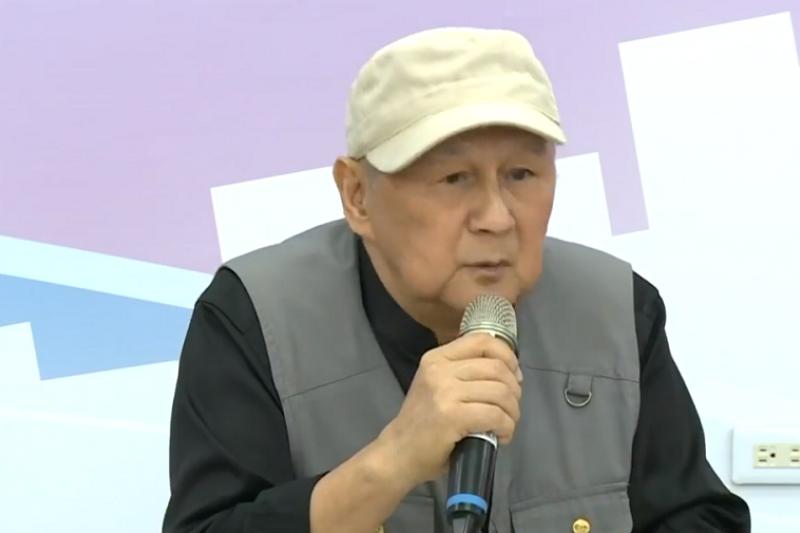 林國權(左)被爆出有吸金官司,第一時間宣布退出韓國瑜市府團隊。(視頻截圖)