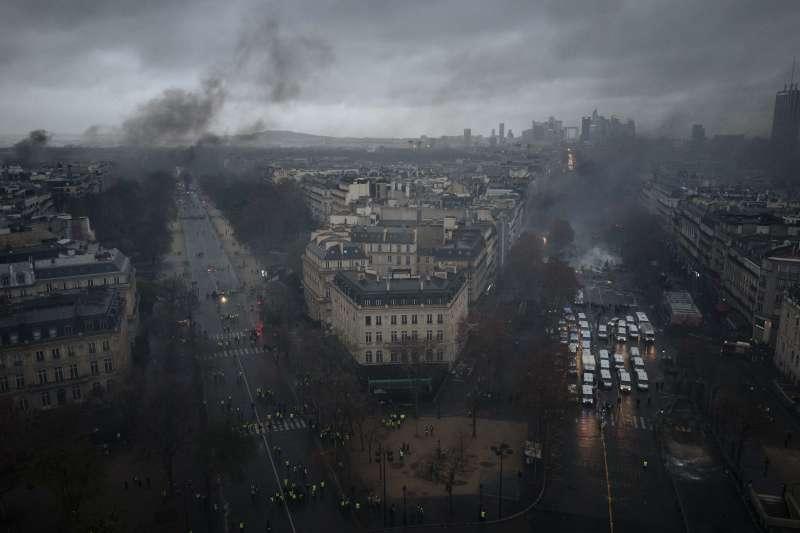 法國,黃背心之亂,巴黎(AP)
