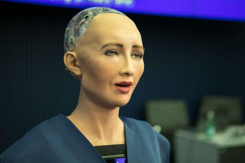 李開復曾經說過,「吹牛的AI公司在寒冬都要死,真材實料的會活得很久。」那麼,究竟什麼樣的公司是真材實料?(圖/取自flickr)