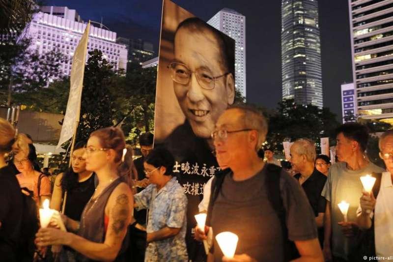 共產黨統治下的人民中國,「被陷害而不躲不逃的文士/武士」還不夠多嗎?中國的民眾,也不過從這些倒楣鬼身上看明白利害所在。(資料照,DW)