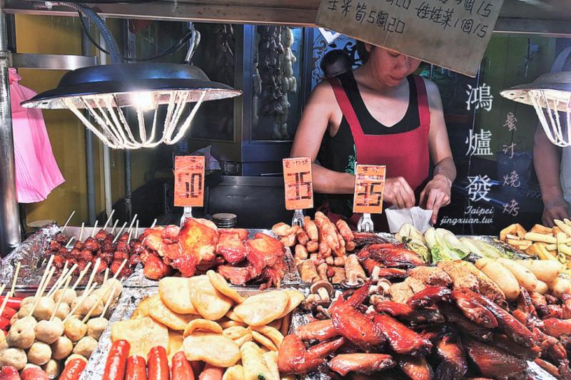 樂華觀光夜市能在永和屹立不搖30多年,最大的原因就是美食吃不完啊!(圖/jingxuan_jing@instagram,經授權轉載)