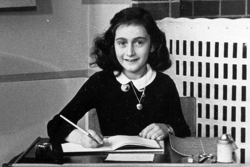 安妮寫道:「就算年紀還很小,也應該要讓年輕人說出自己的想法。」 我們必須要當未來世代的楷模,他們就是未來。(圖/維基百科)