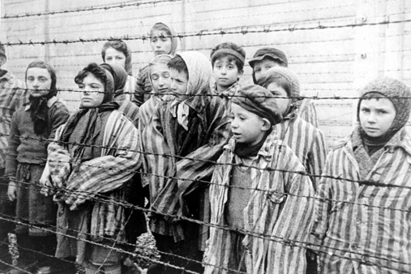 尼古拉斯溫頓爵士在二戰前夕從捷克救出669名猶太兒童,但直到四十年後才被公開。他的善舉和為善不欲人知也因此被普世所稱頌。(圖/Wikipedia)