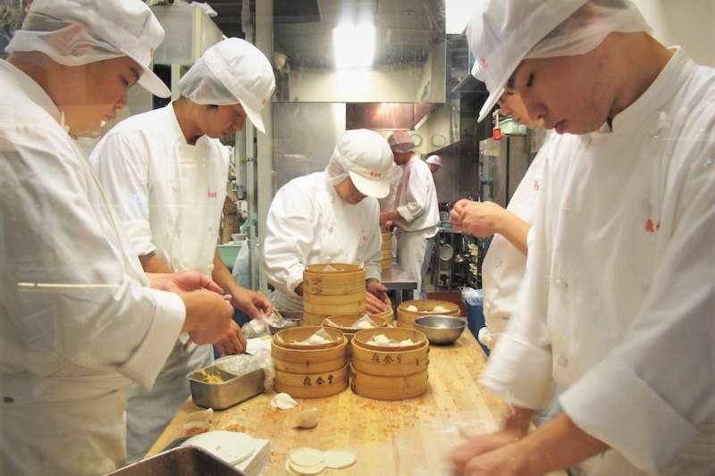 很多人以為鼎泰豐成功的關鍵在美食,事實上並非如此。(圖/leesean@flickr)