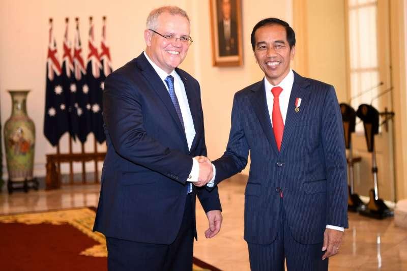 2018年9月14日,澳洲總理莫里森與印尼總統佐科威見面。(美聯社)