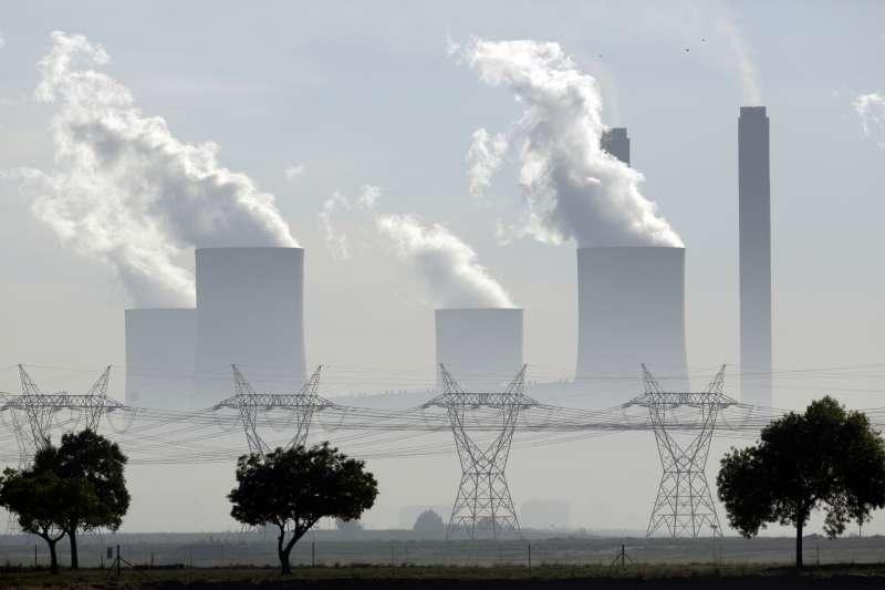 國人用電量年年增加,而國內汞金屬污染排放又以各類發電能源產源最為嚴重,占近全年總污染量的3分之1。(資料照,美聯社)