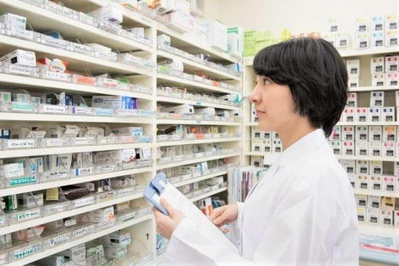 為何藥局賣的藥、暖暖包、衛生紙都遠比連鎖藥妝店還低,甚至低於成本價?藥師告訴你真相......(圖/photoAC)