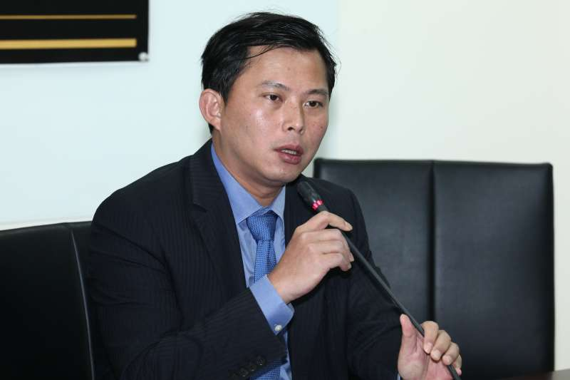 20181218-「時代力量」黨團會議會後記者會。圖為黃國昌。(蔡親傑攝)