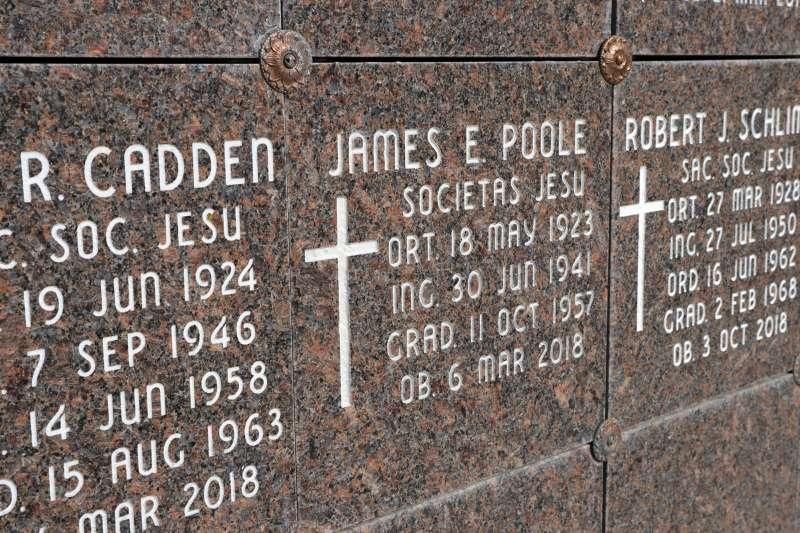 美國伊利諾州公布天主教會性侵案調查,指出若犯案神職人員離世,教會就不會追究調查(AP)