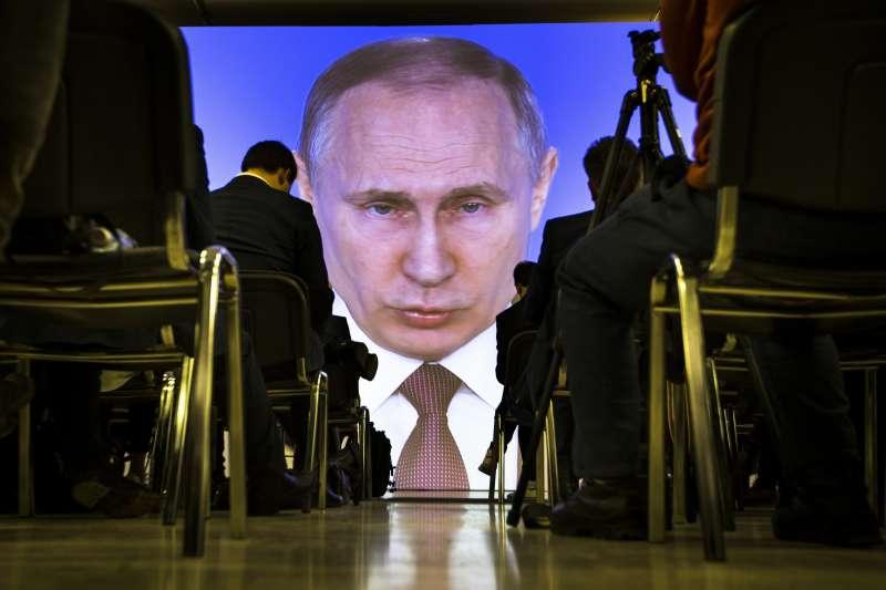美國總統川普宣布自敘利亞撤軍,俄羅斯總統普京大讚:正確決定!(AP)