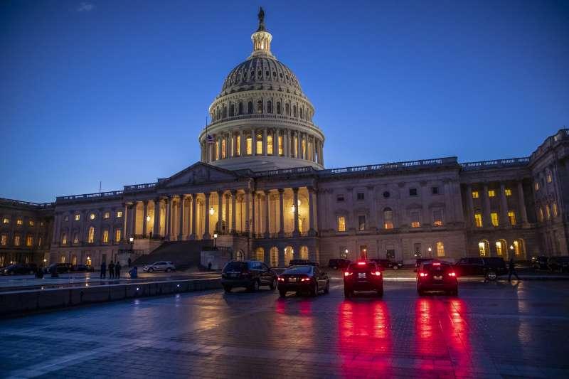 美國聯邦參議院上月29日一致同意通過《台北法案》,要求行政部門採取積極行動支持台灣強化與印太地區及全球各國的正式外交關係與非正式夥伴關係,以行動支持台灣國際參與。(AP)