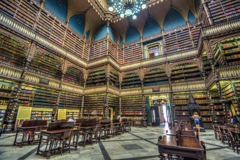 巴西皇家葡文圖書館(Mayumi Ishikawa@Wikipedia / CC BY-SA 2.0)