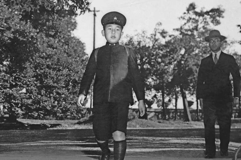 日本天皇明仁,攝於1945年。(AP)