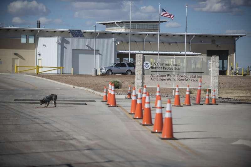 美國新墨西哥州的邊境口岸羚羊湖(Antelope Wells)。雅可琳一行人試圖從此處西方800公尺處跨越邊境遭逮捕拘留。(美聯社)