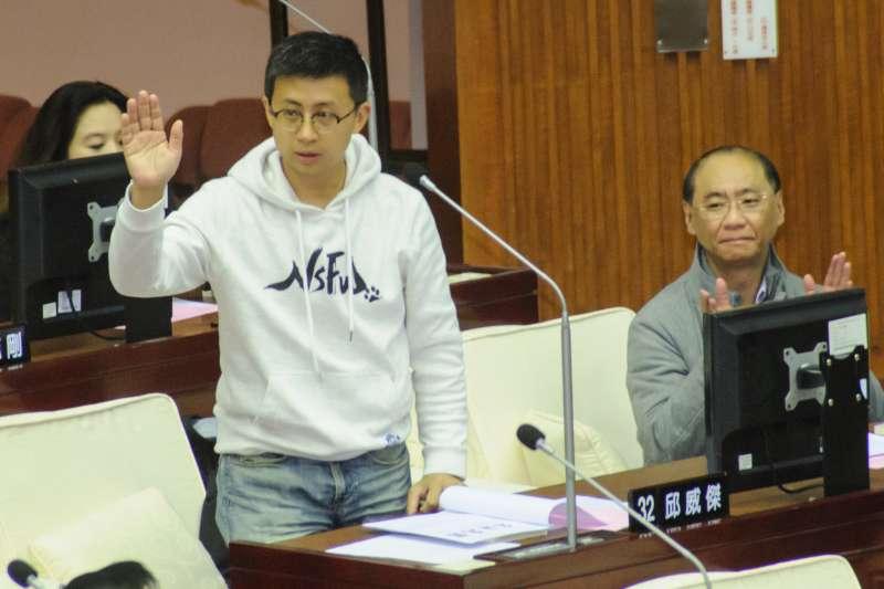 20181226-台北市議會第13屆成立大會,台北市議員邱威傑。(甘岱民攝)